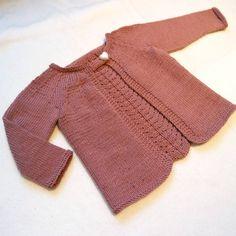 «Snuppsibabyjakken er ferdig  Denne blir det flere av.. // All done with this sweater  I'm going to knit more of these..»