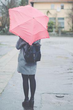 How cute is the umbrella?
