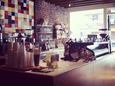 Top 20 coffee shops in America | Get the best cup of joe around. #coffee #drinks #boomerangdining