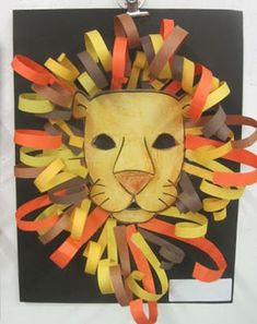 For art class this week I wanted to do something connected to the book we are re. - For art class this week I wanted to do something connected to the book we are reading, David Living - Lion King Crafts, Lion Craft, Lion King Art, Art Roi Lion, Construction Paper Art, Construction Paper Projects For Kids, African Art Projects, African Crafts Kids, Afrique Art
