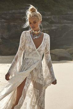 Bohemian wedding dress Hippie Brautkleid Rue de Seine 2018