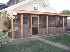 An Expert's Guide On Building The Greenhouse Outdoor Greenhouse, Backyard Greenhouse, Homemade Greenhouse, Cheap Greenhouse, Mini Greenhouse, Greenhouse Ideas, Screened In Porch Diy, Screened Porch Designs, Closed In Porch