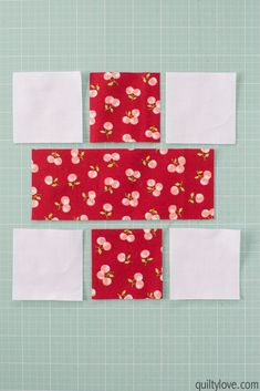 How to make a doll quilt - Free tutorial - Quilty Love Sewing Dolls, Ag Dolls, Girl Dolls, Quilted Christmas Gifts, Mini Quilt Patterns, Quilting Projects, Quilting Ideas, Sewing Projects, Quilt Tutorials