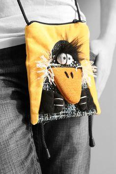 куклы | Записи в рубрике куклы | Дневник Параграф : LiveInternet - Российский Сервис Онлайн-Дневников Leather Bags Handmade, Handmade Bags, Novelty Bags, Fabric Postcards, Baby Dress Patterns, Craft Bags, Patchwork Bags, Denim Bag, Fabric Bags