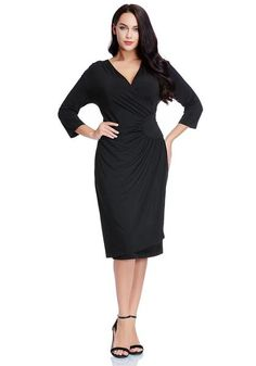 Plus Size Fashion // This black side-patch wrap midi dress comes with a unique side patch design and wrap style which surely wow everyone.