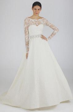 Oscar de la Renta style 44N66. Oscar de la Renta gowns are sold at The Bridal Salon at Saks Jandel.