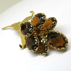 Amber Floral Brooch - Vintage, Gold Tone, Amber Glass Pin by MyDellaWear on Etsy