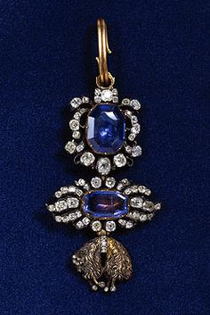 Toison from the insignia of the Order of the  Golden Fleece (sapphires, brilliants, gold,   silver-gilt; height 8.8 cm);  Munich, around 1760