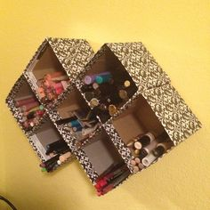 Recycle empty tissue boxes-such a good idea! I need an arts and crafts day!