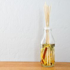 Easy DIY: Homemade Scented Stick Diffuser