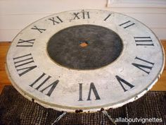 Umbrella Table {Makeover} A clever makeover: from an umbrella table to a clock! Paint to cover chips and nicks and use outdoors, or take off the legs and hang… Make A Clock, Diy Clock, Clock Decor, Wall Clocks, Metal Garden Table, Patio Table, Table Top Redo, Painted Furniture, Diy Furniture