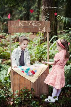 Kissing booth- way cute!