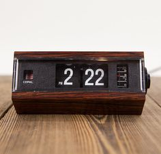 Vintage Faux Wood Copal Japan Flip Clock