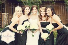 Black and white bridal party attire | villasiena.cc