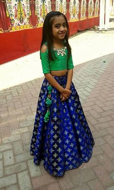 Girls indian outfits Kids Indian Wear, Kids Ethnic Wear, Kids Party Wear Dresses, Little Girl Dresses, Baby Dresses, Frocks For Girls, Kids Frocks, Traditional Dresses For Kids, Kids Lehenga