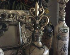 Decorative Fleur de Lis Embellished Bottle door LAPDesigns2014