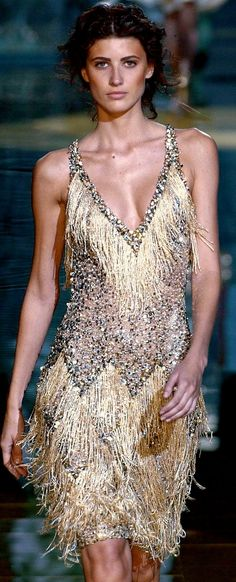 Fun flapper-inspired dress. Good idea of New Years Eve party dress. Emmy DE * Elie Saab