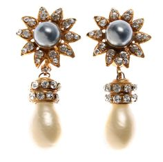 Beautiful CHANEL Drop Earrings