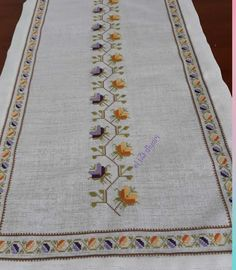 Discover thousands of images about Cross Stitching, Cross Stitch Embroidery, Vintage Embroidery, Cross Stitch Designs, Needlework, Diy And Crafts, Bohemian Rug, Quilts, Blanket