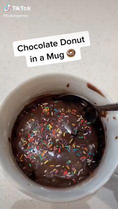 Mug Recipes, Easy Baking Recipes, Sweet Recipes, Snacks Recipes, Coffee Recipes, Kreative Desserts, Starbucks Recipes, Chocolate Donuts, Chocolate Desserts