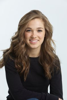 The hottest images and pictures of Haley Lu Richardson are truly epic. While we are talking about Haley Lu Richardson beauty, skills, and professional Girl With Brown Hair, Light Brown Hair, Hayley Atwell, Hailey Baldwin, Haley Lu Richardson, Barbie Ferreira, Female Character Inspiration, Story Inspiration, Writing Inspiration
