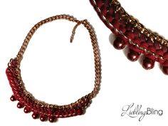 handmade Statement-Kette in Beerentönen aus trendiger roségold-farbener Gleiderkette (Metall), Textilgarn (100 % Baumwolle); Länge: 52 cm + 5 cm Verlängerung; Preis: 30 €