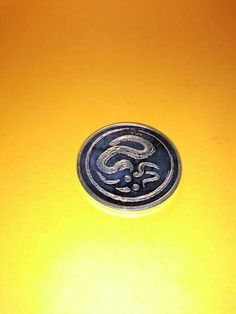 1 ounce awesome year of the Dragon art fine silver round