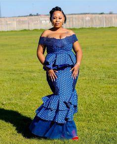 Video: 45 Elegant and Stylish Ways To Rock Your Peplum Skirt and Ankara Blouse Styles Ankara Skirt And Blouse, Ankara Dress Styles, Latest Ankara Styles, Blouse Styles, Modern African Print Dresses, African Print Dress Designs, African Traditional Wear, Shweshwe Dresses, Fashion 2020