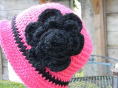 Bucket hat by Yarniwa by yarniwa on Etsy, $24.00