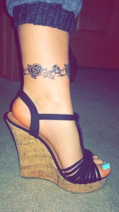 Rose ankle tattoo Anklet tattoos Ankle tattoo, Ankle braclet ankle tattoos – Tat… - Famous Last Words Ankle Braclet Tattoo, Ankle Band Tattoo, Rose Tattoo On Ankle, Cute Ankle Tattoos, Ankle Tattoo Designs, Flower Wrist Tattoos, Ankle Tattoo Small, Tattoo Bracelet, Foot Tattoos