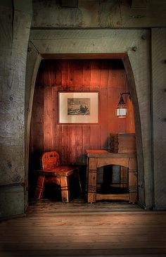 Cozy little nook at Timberline Lodge on Mt. Hood. http://mthoodterritory.com/places-to-stay/hotel-motel/timberline-lodge-ski-area  #timberline_lodge #mt_hood #oregon