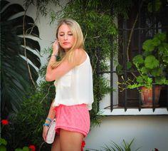 Summer essentials: the perfect combo top Stefanitar con pulseras de Mui Mio! Adorable! #pulseras #muimio #biombo13