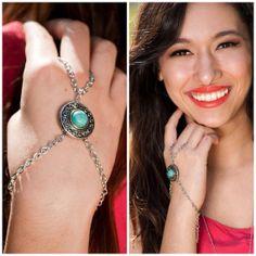 Turquoise hand bracelet. Hand chain. Slave bracelet.