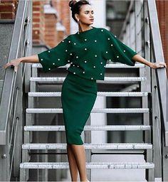 47 ideas for skirt outfits elegant Mode Outfits, Skirt Outfits, Dress Skirt, Fashion Week, Fashion Looks, Womens Fashion, Coco Fashion, Fashion Vintage, Couture Fashion