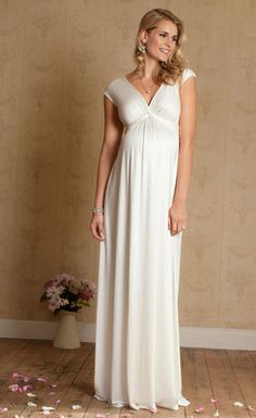 Los 10 mejores vestidos de novias para embarazadas | Moda y Belleza