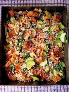 Lekcje w kuchni: Zapiekanka z chrupiącym kurczakiem i cukinią