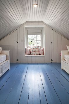 Painted plank attic--simple and clean. #atticideas