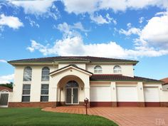 2 Storey House in Carindale