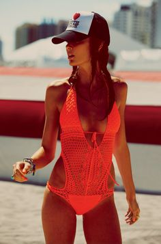 Miami Memories – The May catalogue from fashion retailer Free People enlists top models Sabrina Nait and Nicole Trunfio for a series of images shot in Miami, Florida. Lensed by Guy Aroch, the girls hit the beaches and club scene of the city in relaxed knits, neon hues, simple tees and sexy bikinis.
