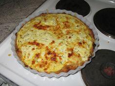 Pekoni-Aurajuustopiirakka - Kotikokki.net - reseptit Quiche, Pie, Breakfast, Desserts, Food, Pinkie Pie, Breakfast Cafe, Tailgate Desserts, Deserts