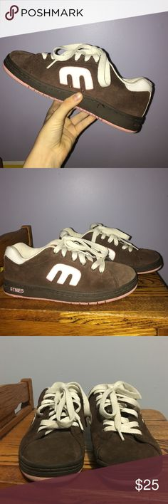 Etnies Women's Sneakers Brown, White, and Pink Etnies sneakers, still in great condition and very comfy. feel free to make offers:)) Etnies Shoes Sneakers