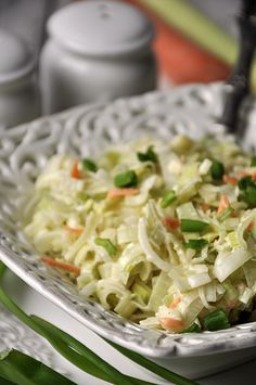 Polish leek salad - Surówka z pora New Recipes, Cooking Recipes, Healthy Recipes, Clean Eating, Healthy Eating, Appetizer Salads, Foods With Gluten, Side Dishes, Recipes