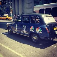 To raise awareness of NBC's coverage of the premier league they send cabs with London football teams around NYC. London Football Teams, Tv Schedule, New York Street, Crests, Everton, Arsenal, Premier League, Liverpool, Soccer