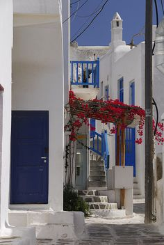 """How not to give directions on Mykonos: """"It's a white building with blue shutters."""""""