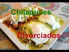Chilaquiles Divorciados (rojos y verdes) Recetas Una Pizca de Sabor - YouTube Salsa Verde, Chipotle, Cilantro, Mexican Food Recipes, Ethnic Recipes, Dips, Tacos, Cooking, Youtube