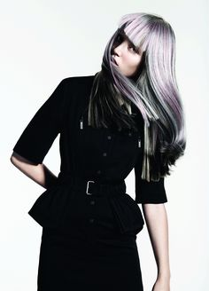 Inspired by the charm of swans, Davines presents the 'Sleek Swan' collection by Angelo Seminara and Edoardo Paludo. Angelo Seminara, Silver Haired Beauties, Fantasy Hair Color, Medium Hair Styles, Long Hair Styles, Hair Care Brands, Stylish Haircuts, Haircut And Color, Hair Brained