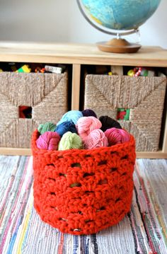 granny basket tutorial. good LORD these would be mighty useful everywhere