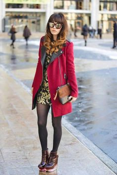 long coat,fashion http://www.womans-heaven.com/long-red-coat/