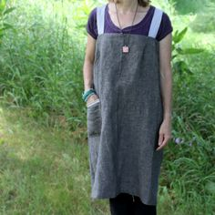 Linen Shopkeeper's Apron Charcoal Gray by ilocollective on Etsy, $62.50