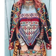 300 Boho-Style Fashion Looks Bohemian Mode, Bohemian Lifestyle, Boho Gypsy, Boho Chic, Hippie Bohemian, Tribal Fashion, Boho Fashion, Fashion Looks, Style Fashion